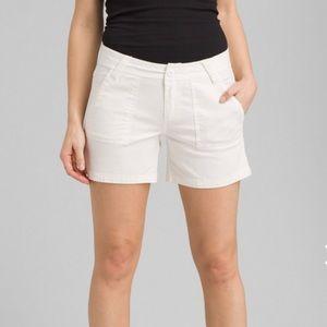 PrAna white Tess Shorts size 8